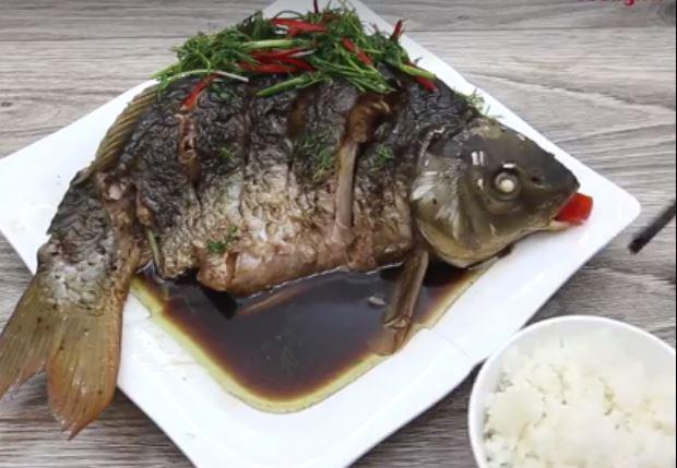 cá chép hấp xì dầu