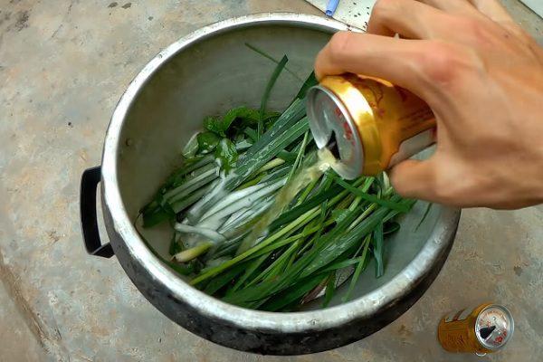 Các bước chế biến món cá trắm hấp bia ngon đậm đà
